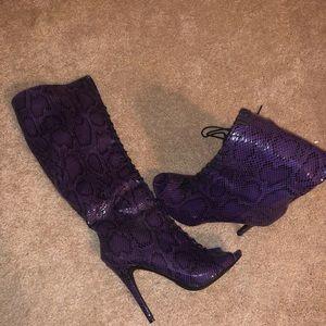 Purple & black snakeskin boots size 9